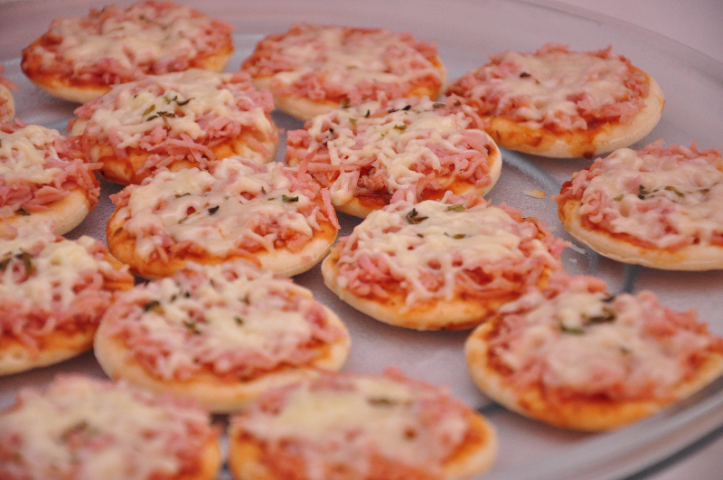 receita-facil-de-mini-pizza-cremosa